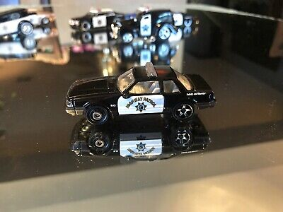 Matchbox 93 Ford Mustang Police Car Highway Patrol 1:64 scale Diecast