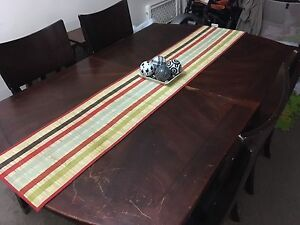 Wooden dining table with 4 chairs Edmonton Edmonton Area image 1