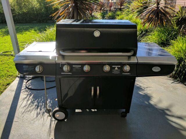 Jackaroo Professional 4 Burner BBQ Other Home Garden