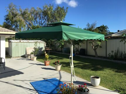 UMBRELLA COMMERCIAL HOME GARDEN SQUARE 3.5 M DIMETER NEW