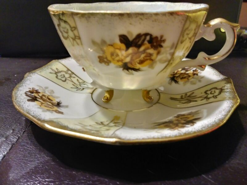 3 Vintage Napcoware Tea Coffee Cup Saucers sets claw feet C 239 C-240