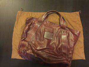 GUCCI LARGE LEATHER TOTE Strathfield Strathfield Area Preview