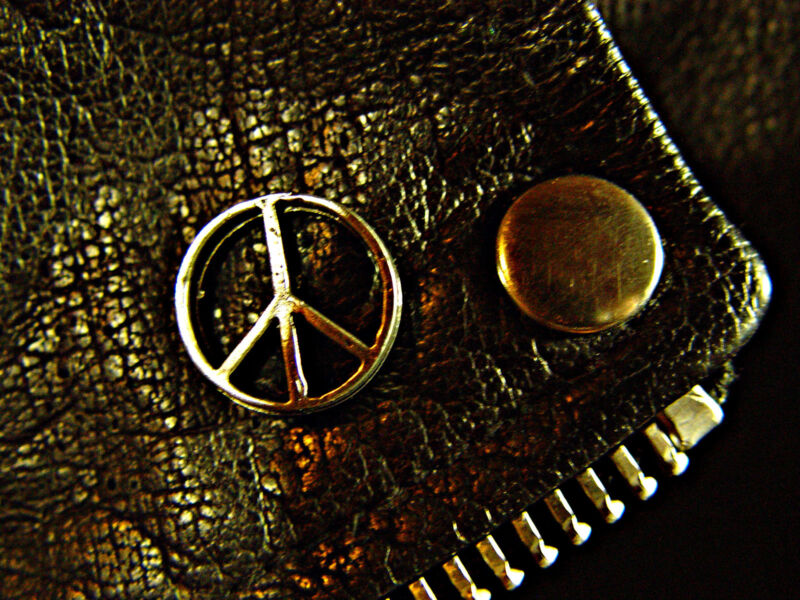 Peace Symbol Classic Vintage Old School Motorcycle Vest Biker Pin 1109