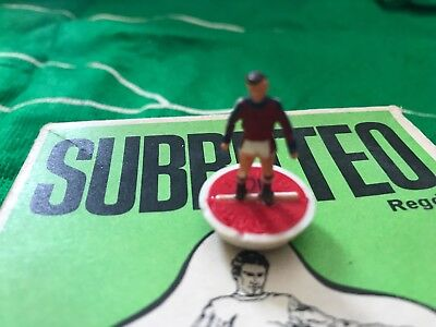 Subbuteo HW Spare Player - Ref. 321 England 2nd