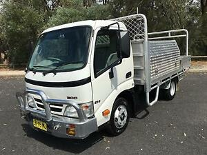 Hino Table top  Service Vehicle Tool Box Truck Car license Pleasure Point Liverpool Area Preview