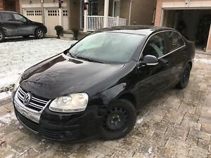 VW Jetta 2010 comes with safety and etest Low km
