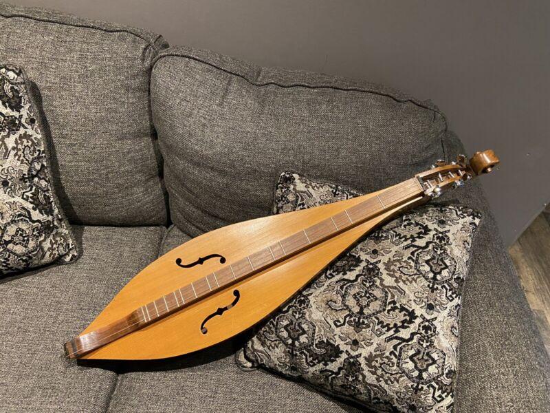 Mountain Dulcimer Teardrop 4 String Instrument