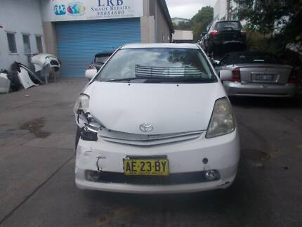 Toyota Prius 2006 parts available!