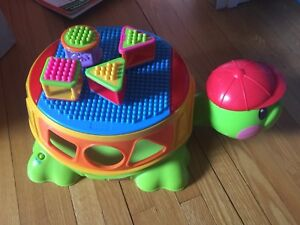 Fisher Price musical turtle baby toy tortue musicale