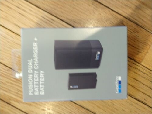 GoPro Fusion Dual Battery Charger + Battery BRAND NEW - Free Shipping