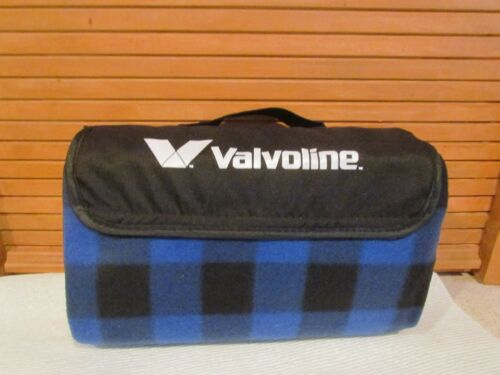 VALVOLINE ROLL UP BLANKET STADIUM BEACH PICNIC LINED BLANKET