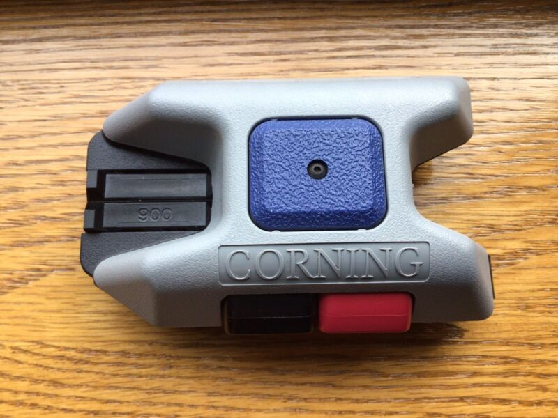 Corning FBC-007 Unicam Fiber Optic Cleaver