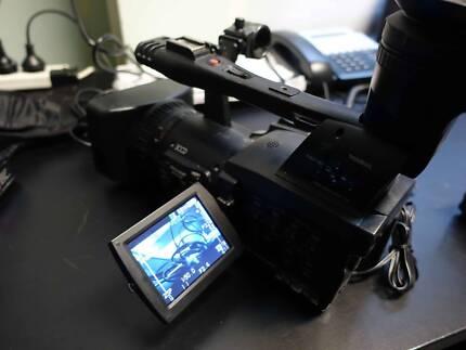 Panasonic 3 CCD Professional video Camera