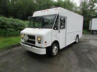 2006 Freightliner MT45 FEDEX Delivery Food Truck Step Van
