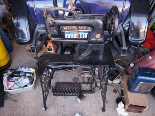 EARLY SINGER UFA,29,29-1 Industrial Leather SEWING MACHINE treadle Boot Patcher