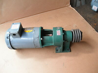 Baldor Vm3554 1.5 Hp 3ph Motor Sm Cycle Cnhjs4105y 11 To 1 In Line Gear Reducer