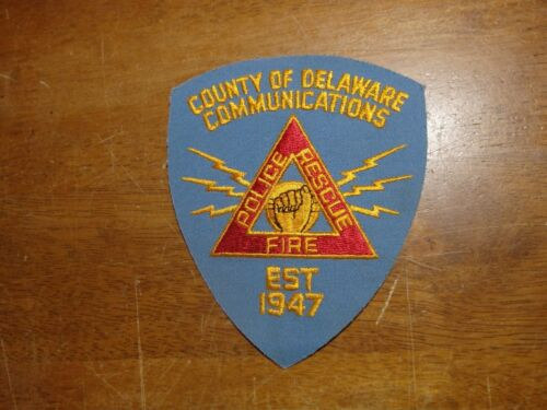 COUNTY OF DELAWARE COMMUNICATIONS POLICE FIRE POLICE DEPARTMENT   PATCH  bx 10#5
