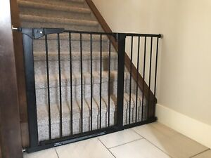 Kidco pressure mounted safety gate