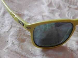 oakley glass warrnambool  oakley enduro mens sunglasses, polarized lenses, brand new