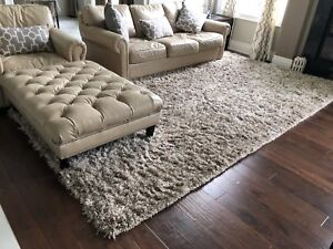 New shag rug/carpet for sale colour: cream and brown