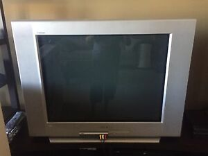 32@ Sony Flatscreen Tube TV
