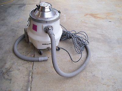 Minuteman Vacuum Cleaner