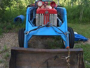 **Reduced** b414 international tractor.