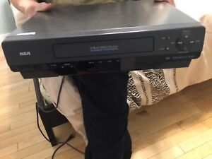 VHS player good working order