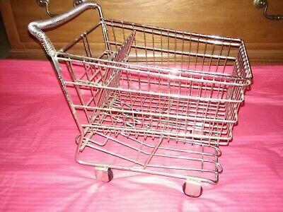 Small Metal Shopping Cart Realistic Wrolling Wheels Display Basket Doll Toy Vgc