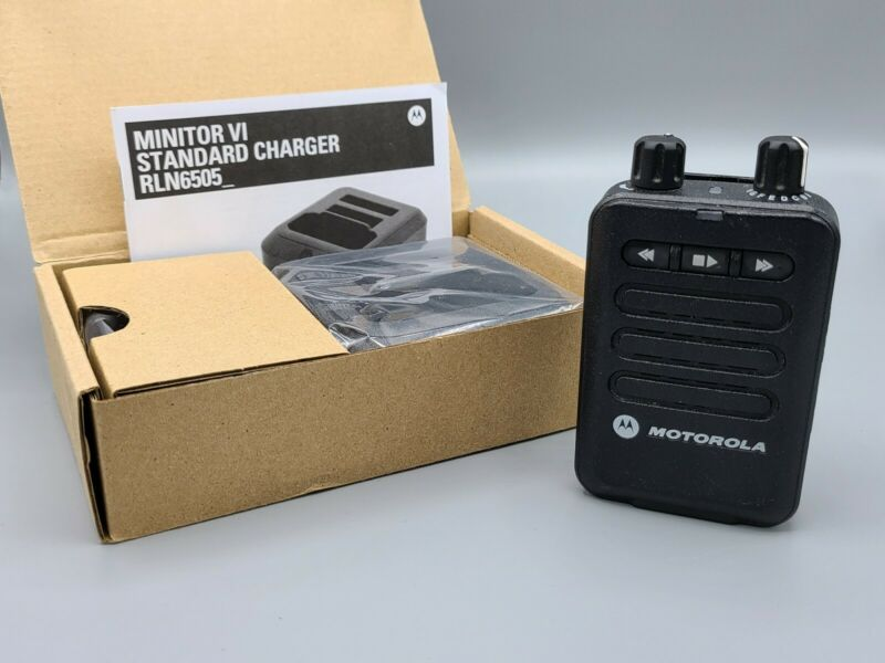 Motorola Minitor 6 VI VHF Pager 143-174 MHz- 1 Channel - With New Charger