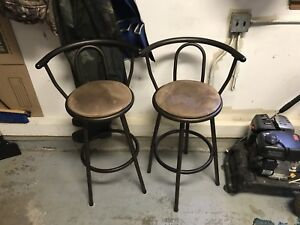 Bar Stools For Sale - good condition