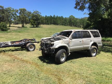 Toyota Hilux Surf SSR-Gs - repairable write off, jap imports
