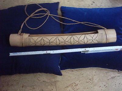 Handgefertigte Bambus-Trommel Afrika ca. 1965-1975, 55 cm lang, Durchmesser 7 cm