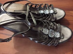 Lot of ladies size 10 shoes