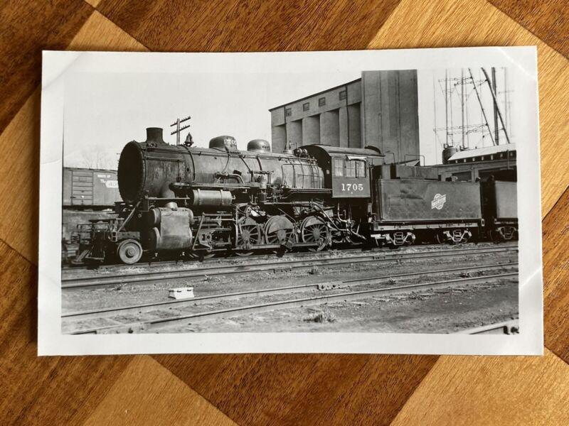 Chicago North Western Railroad Locomotive 1705 Vintage Photo C&NW