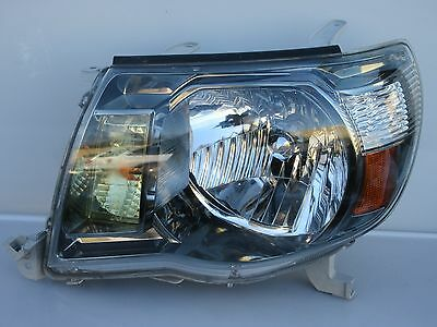 2005-2010 TOYOTA TACOMA TRD SR5 LH DRIVER DARK BEZEL Headlight Headlamp OEM