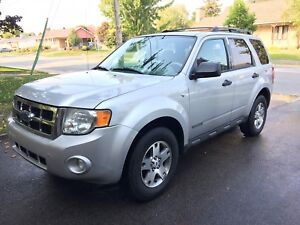 Ford Escape XLT V6 - 3.0 Litres - AWD - 2008