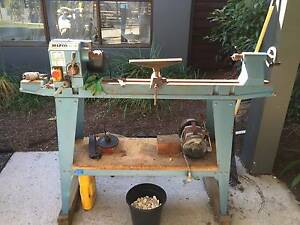 Hafco WL-18A 10 speed Wood Lathe with stand, chisels and more Willoughby Willoughby Area Preview