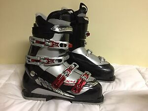 Salomon X4 Mission Ski Boots size 27.5