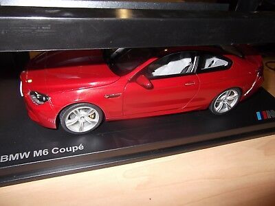 Genuine BMW M6 Pullback Action Toy Car in Red 1:41 Scale 80422413805