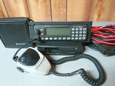 Motorola Mcs2000 M01ugn6pw6bn 800 Mhz Radio With Remote Head Cable Mic Speaker