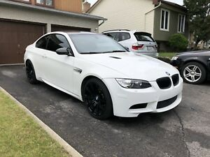 2011 BMW M3 COUPE / DCT / I-DRIVE / CARBON ROOF *MINT*