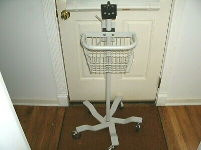 Medical Cart Rolling Stand Welch Allyn Patient Monitors Spot Vital Signs 300