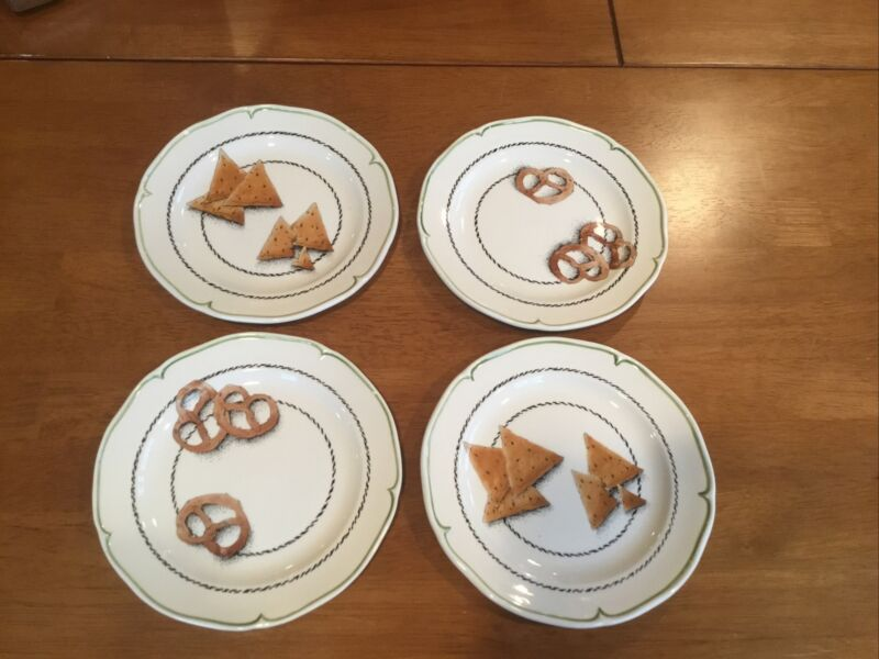 Rare Vtg. GIEN France Peint Main Plates Set of 4 Handpainted Dessert Plates