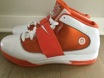 ab952d7a87b6 SAMPLE Nike Lebron Zoom Soldier IV SIZE 16 2010 407630-108 4 RARE Knicks  VNDS