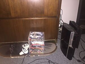 Ps3 w/games & 2 controllers