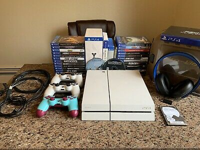 Sony PlayStation 4 - PS4 - Destiny Edition 500 GB White Console Bundle