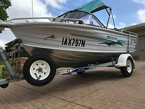 Boat Quintrex 420 Getaway millennium hull as new condition Campbelltown Campbelltown Area Preview
