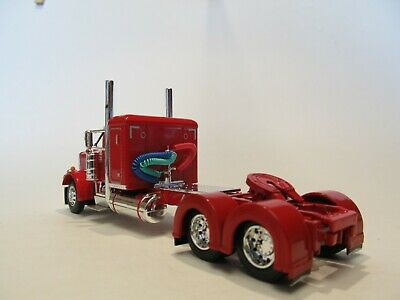 DCP FIRST GEAR 1/64 SCALE 359 PETERBILT SMALL BUNK, RED & CHROME 4