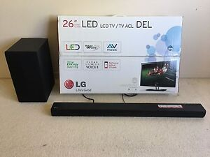 LG LED 26'' TV with sound bar